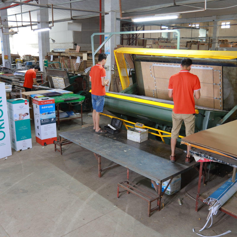 Chinese Biggest Die-Cutting Machine For Cartons, Mattress Cartons